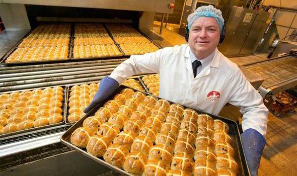làm bánh