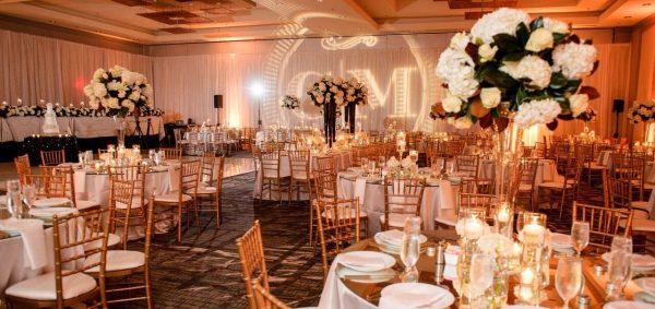 người tổ chức đám cưới
