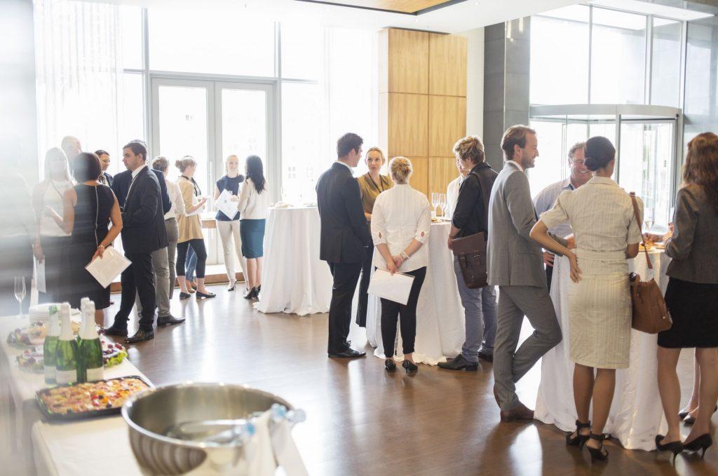 Networking không thể thiết trong các tiếp cận khách hàng VIP